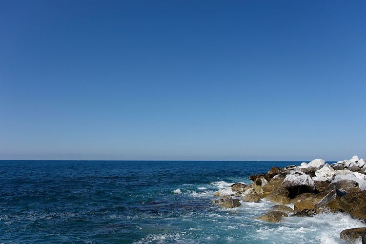 Beauty In Nature Blue Clear Sky Copy Space Day Horizon Horizon Over Water Land Nature No People Outdoors Rock Rock - Object Scenics - Nature Sea Sky Solid Tranquil Scene Tranquility Water