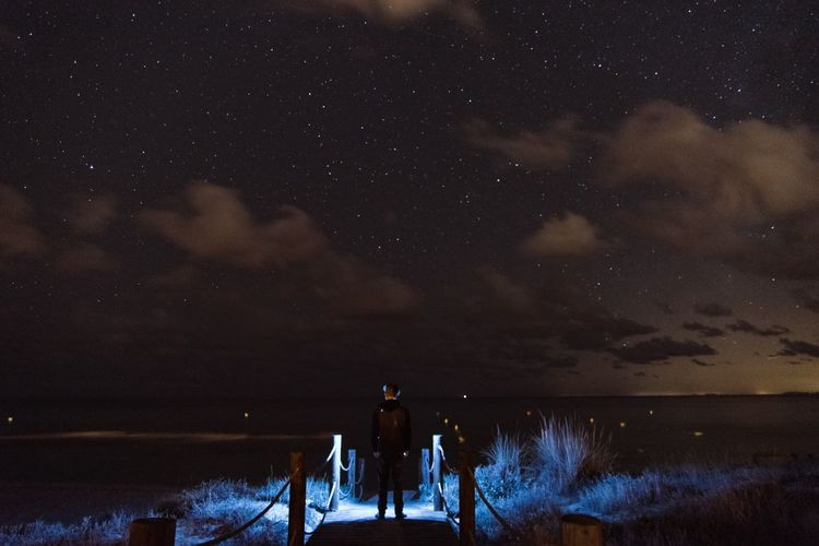 Be. Ready. Night Star - Space Real People Two People Nature Astronomy Star Field Togetherness Sky Beauty In Nature Scenics Tranquil Scene Standing Silhouette Men Women Lifestyles Leisure Activity Outdoors Rear View Cloud Nightphotography Light Star