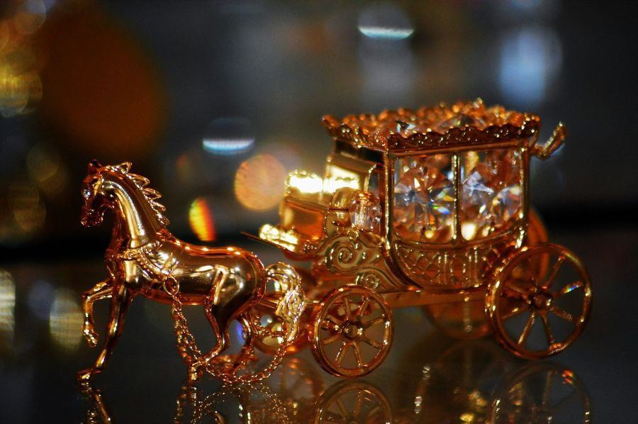 Beautiful Gold Horse & Carriage Background Blur Background Bokeh Close-up Focus On Foreground Horse Illuminated Swarovskicrystals