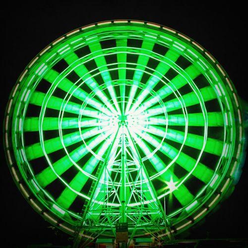 Ferris Wheel Slowshutter