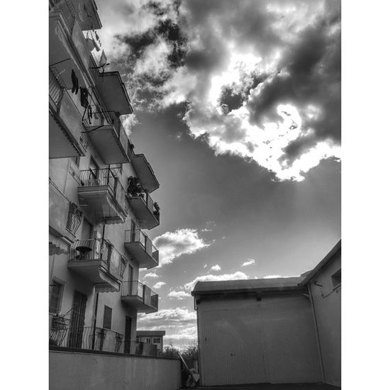 Attesa Bw Eboli LG G3 Lucidistortephoto lgitalia italia life live work loves_works italy hdr_ita hdr sky cloud lg moment