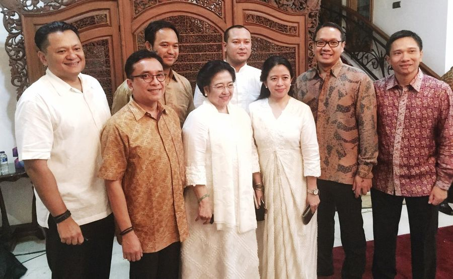 President That's Me Megawati Soekarno Hello World