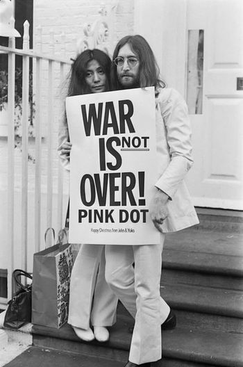 War Yokoono Truthhurts Picture Pinkdot Montréal Lady Funny Truth Iloveyou