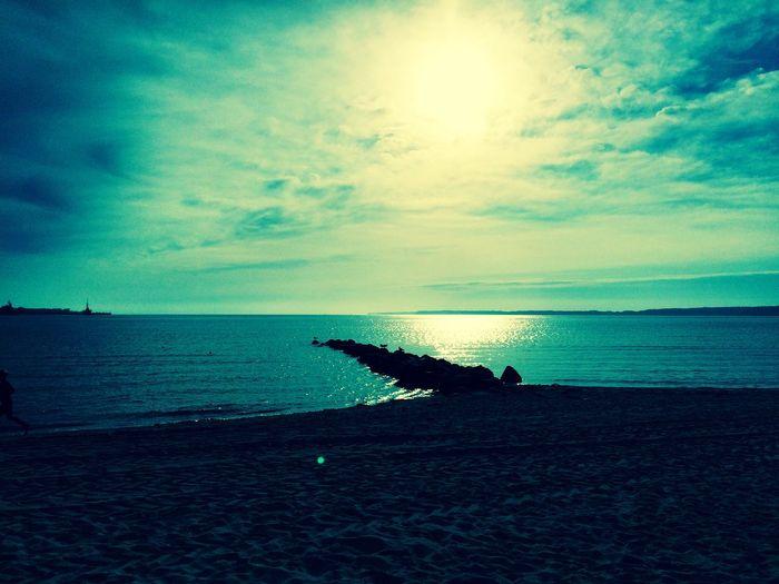 Mein Zuhause. Der Eckernförder Strand ;) Horizon Over Water