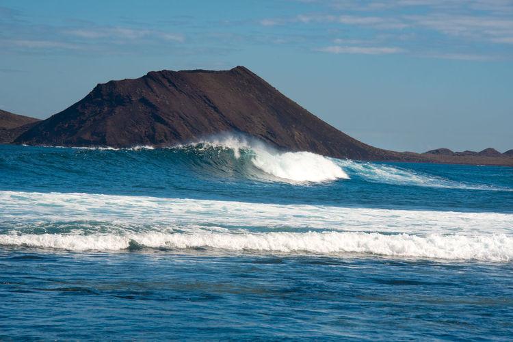 Fuerteventura- corralejo - lobos island view