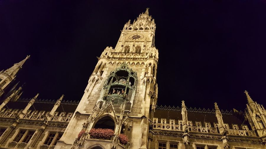 backinmunichnow ! Munich by night Ritul Ritulglobal Adventure Travel Hanging Out Check This Out Photography Taking Photos Nofilter Trip Amazing Adventurelife Feelfree FeelTheMoment Building Munich Liveyourdreams Liveit