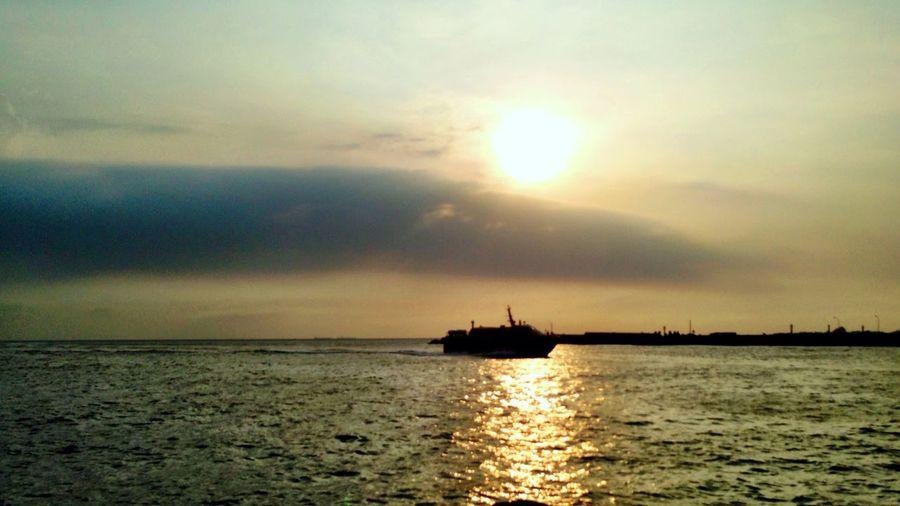方舟 Boats Seaview Sunset