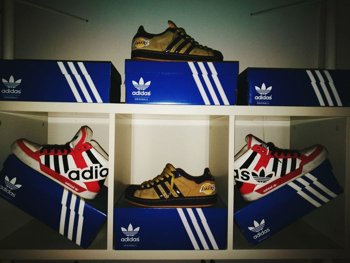 No People Indoors  Day Outdoors Sport FORLIFE Red Shoe Shoes ♥ Adidasoriginals Adidas S.W. AdidasLover❤ Shoes Ale Milano Indoors  Indoors  Dub Yo Yo