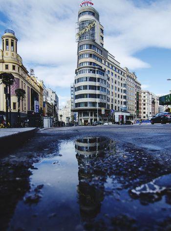 Callao Madriz! #madrid #madrid #callejeando City Cityscape Water Urban Skyline Flood City Life Reflection City Street Sky Architecture