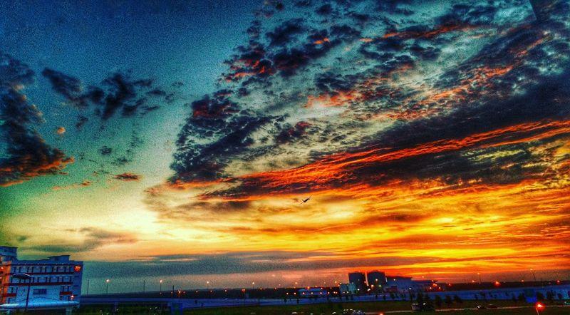 Sunset at the Airport KLIA2 ... Breakfast Time Fastingmonth 3rdday Holymonth Kuala Lumpur Kuala Lumpur International Airport First Eyeem Photo