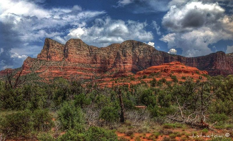 tonight I think it will be a few additions to America's West Series ... this was a pic from summer 2012 near Sedona AZ ✨ Cloudporn NEM Landscapes