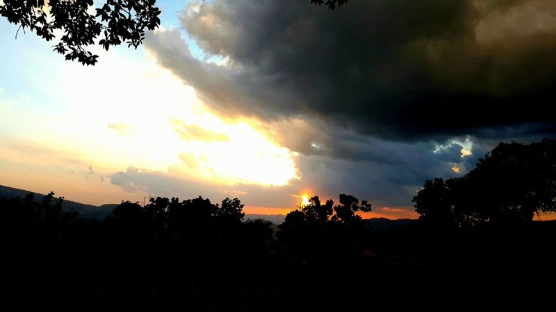 Nature Photography منظره طبیعت ایران طبیعت ایلام ایلام Iran Nature Fantasy Photography Ilam Sky Iran Sky Iran غروب غروب خورشید غروب_آفتاب غروب ایلام Sunlight Sun Sunset Sunshine Nature Sundown Taking Photos Ilam Nature