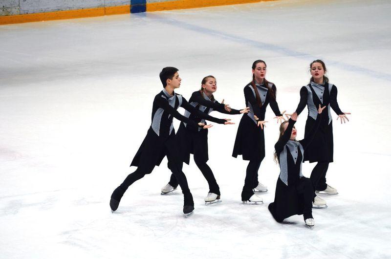 People Figure Skating Ice First Eyeem Photo Icecrystal Theater On Ice Ballet On Ice