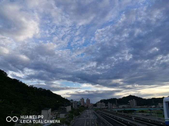 Cloud - Sky Sky Outdoors Urban Skyline Nature No People City Day Swimming P9 Huawei Huawei P9 Leica Scenery Nature Clouds And Sky
