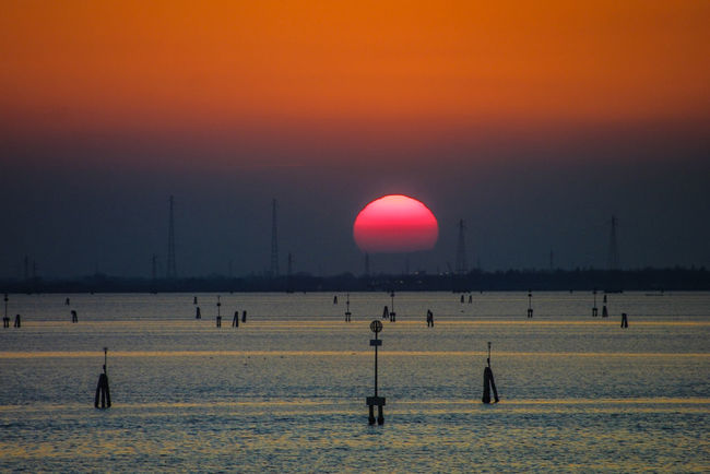 Venedig ohne Touristen, Venice withaout Tourists Venedig, Ohne Touristen, Lagune, Frühling, Venice, WithoutTourists, Springtime, City, Sea, Water, Historical, Old Town Beauty In Nature Outdoors Sky Sun Sunset Water EyeEmNewHere