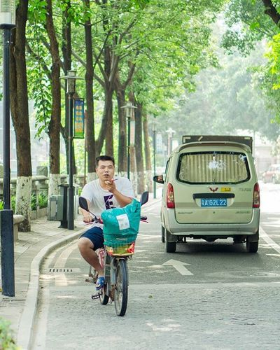 happy weekends Guangzhou Canton Portrait Street Streetphotography Happy Funny Joy Laughing