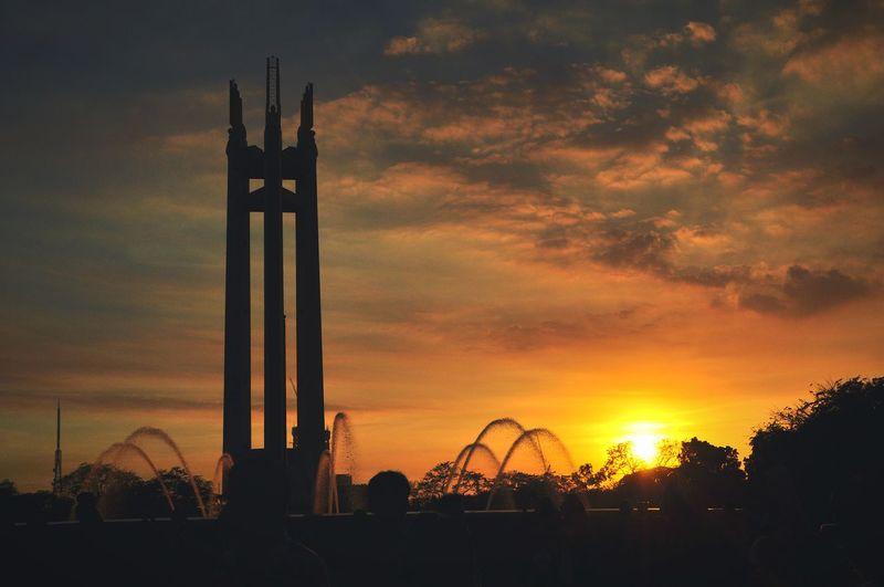 Shadow Dawn Sunset Landscape Memorial Tower Quezon City Circle Orange Black High Contrast CAST