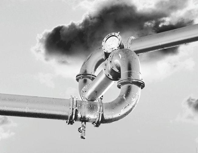 Silver - Metal Silver Colored Waterpipelines Streetart Monochrome Photography Bnw_shot Monochrome Noir Et Blanc Bnw_friday_eyeemchallenge Airpipe Water Pipe Wasserrohr Eyeemphoto