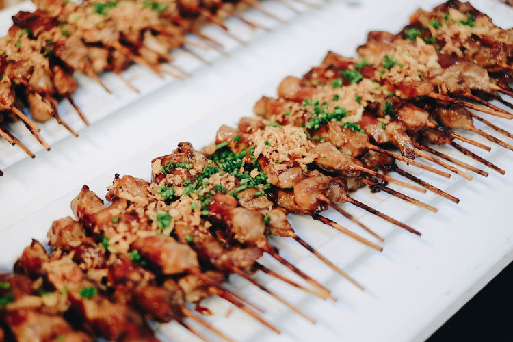 Meat lollipops? Close-up Focus On Foreground Food Food And Drink Freshness Garnish Healthy Eating High Angle View In A Row Indoors  Indulgence Meat No People Plate Ready-to-eat Selective Focus Serving Size Snack Still Life Table Temptation Tray