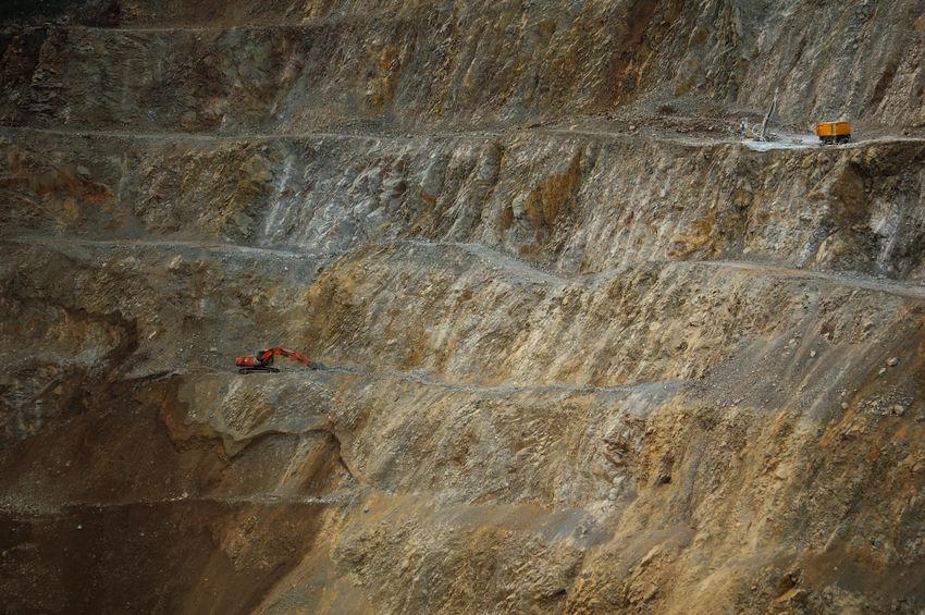 Rock Mountain RISK Minerals Miner Rocks Mining Buldozer Machinery EyeEmNewHere