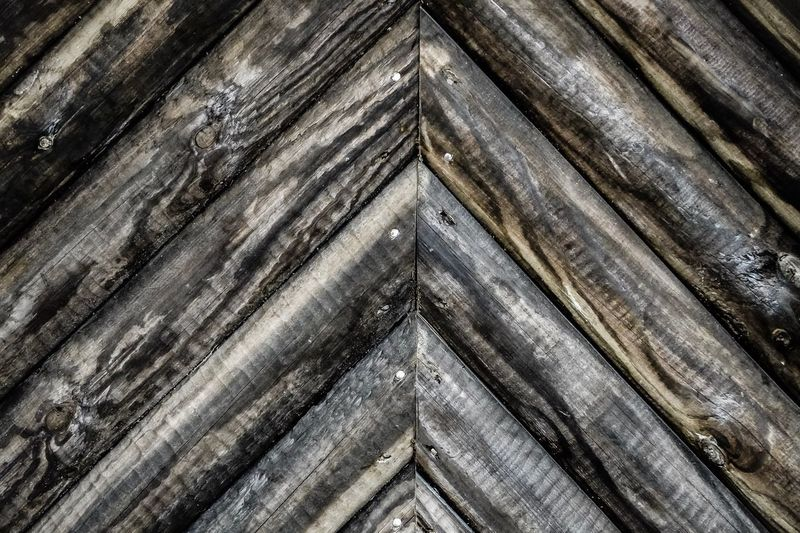 triangled wood