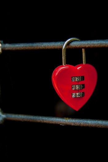 234 Amore Black Background Close-up Cuore Hanging Hanging Love Heart Heart ❤ Hope Lock Lockedlovers Love Love Lock Lover MyLove❤ Outdoors Persempre Red Safety Sigillare EyeEm Selects
