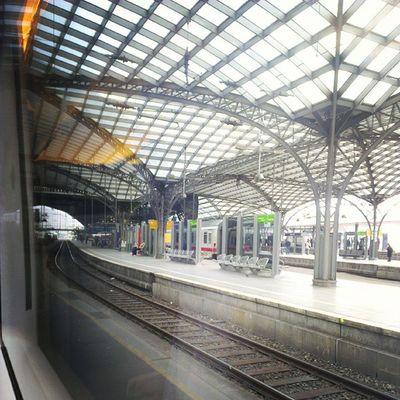 Der Kölner Hbf. Bald bin ich in DUS. :) #wvp13 Wvp13