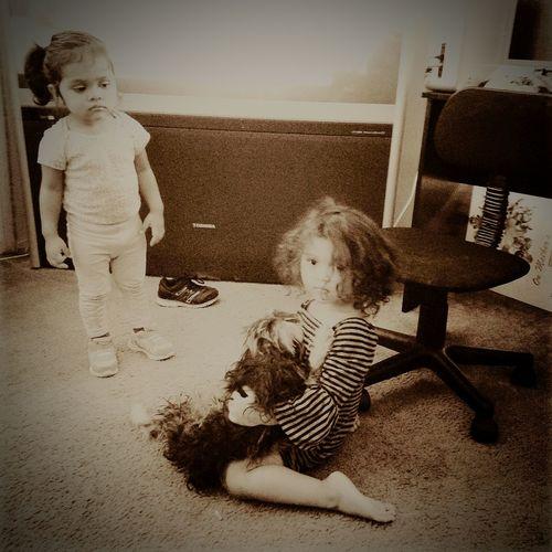 my babies:vivianne and leonna Taking Photos That's Me Enjoying Life Cheese! Reallove Ligad Cuteness Taking Photos Babygirl Foryouabigail Abigail Ligadtookmykids Whereismylove