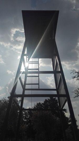 """No pase"" Self Perspective Walker Parque Metropolitano Steel Sky Architecture"