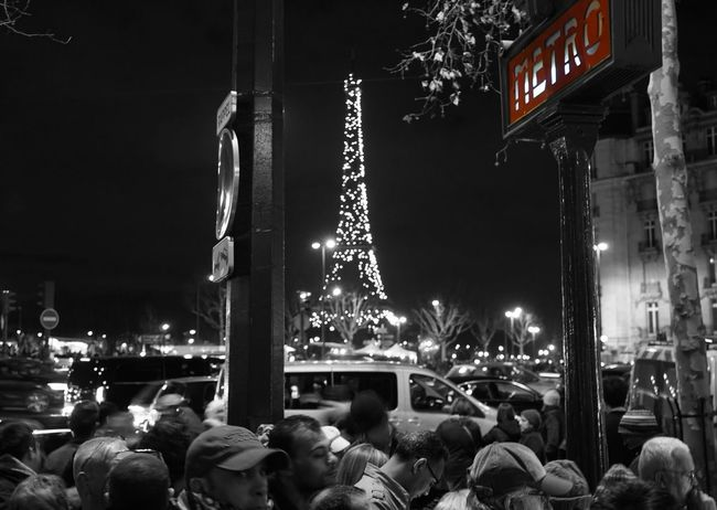 New Years Eve 2016 New Year Paris Eiffel Tower Metro Station City Lights ParisByNight Eyem Best Shots Streetphotography In The Crowd