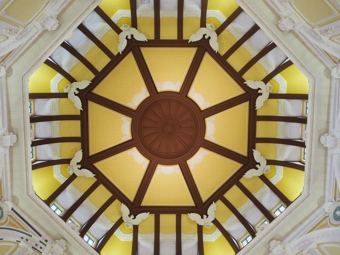 Tokyo Station Tokyo Tokyo,Japan No People Indoor Low Angle View Pattern Built Structure 東京 東京駅