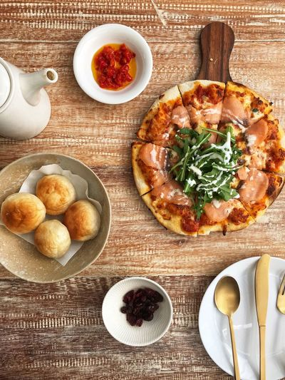 Pizza Lunch Food And Drink Food Directly Above Freshness Table Ready-to-eat Indoors  High Angle View Wellbeing Plate