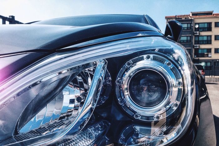 Focused On Hyundai Grandeur Hg Headlight