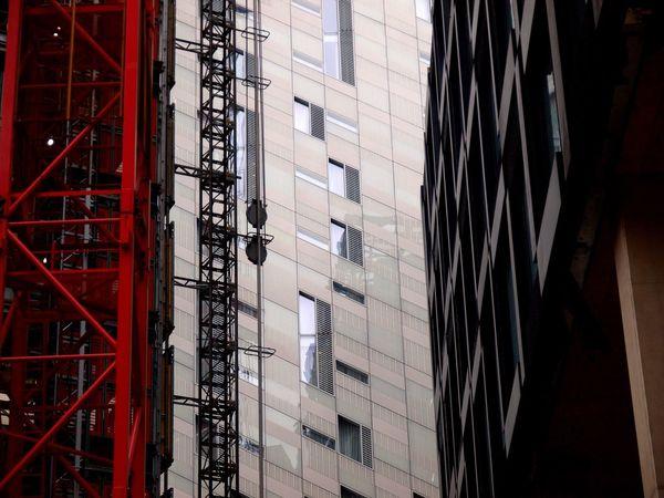 Buildings under construction. City of London. 20/11/2017 London News London City Of London Skyscraper Outdoors Stevesevilempire Building Exterior Built Structure Construction Site Construction Work Steve Merrick Olympus Construction Industry Under Construction... Architecture City No People Zuiko Environment Builders Housing