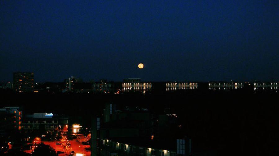 Hello moon! Full Moon Moon Moonlight Skyline Amsterdam City Lights Goodnight Clear Sky Walking Around The City  Walking Around