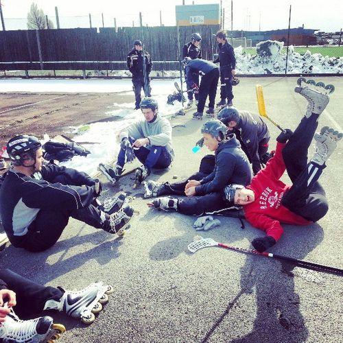 Hembesöket på öjn sunmeras med Streethockey Gamlagardet Fullsomenkastrull Tr äffabrorson ochlitehhg nerpamunkem