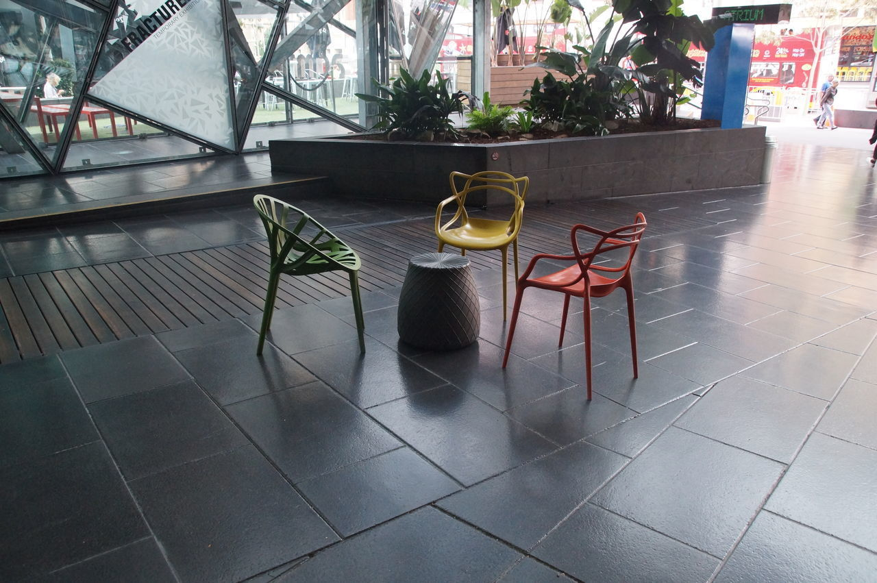 TABLE AND CHAIRS ON FLOOR