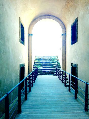 Castle Woodbridge Oldstairs Differenteras Bythesea Windows Kingsandqueens EyeEm Gallery