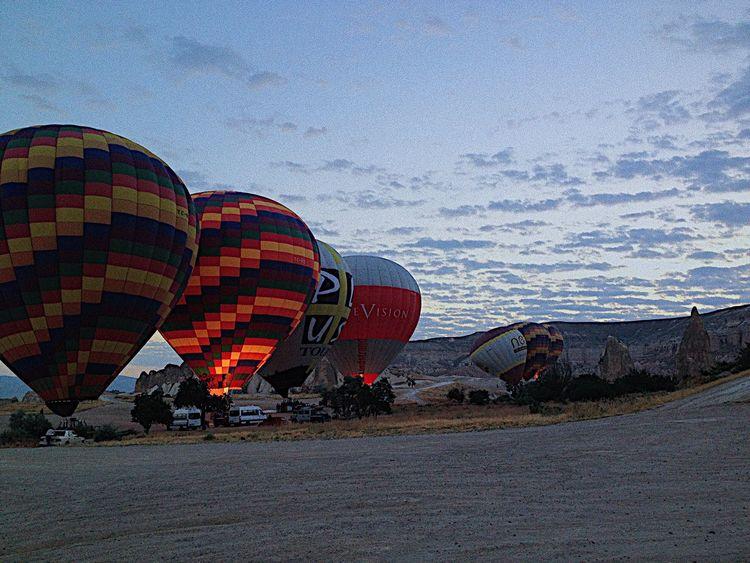 Ballooning 🎈🎈 Hot Air Balloon No People Outdoors Sunrise Ballooning Balloon Ride Turkish Capadoccia VSCO Colors Fire