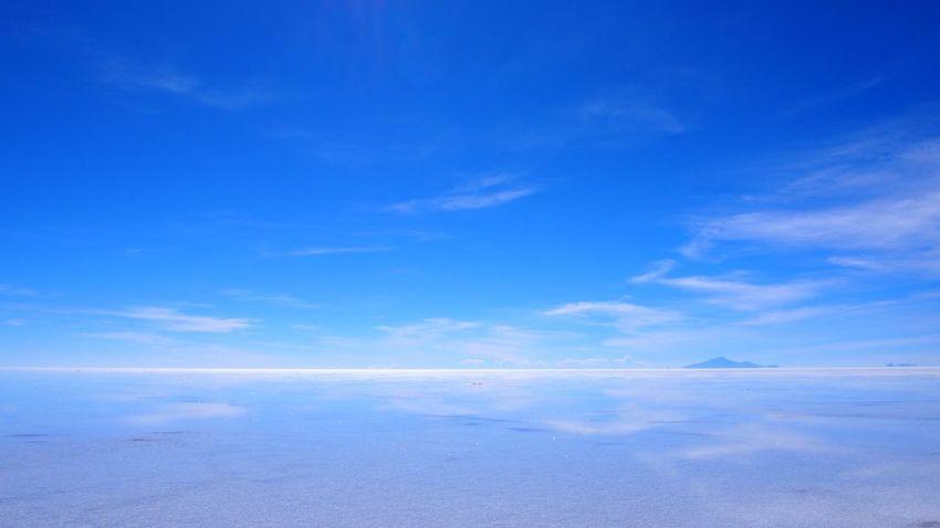 『ウユニ塩湖inボリビア』 見て下さってありがとうございます(*ˊᵕˋ*)すんごい放置してる間にいろんなとこ行きました。たくさん写真撮りました。