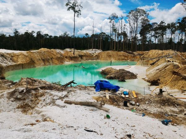 Bekas Tambang Emas Desa Sepang, Kalimantan Tengah ( Former gold mine, it is so sad to see this) Mining Gold Forest Gold Mine Nature Natural Beauty