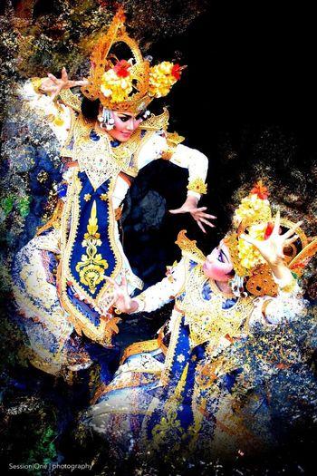 Rama & Shinta - BaLinesse Dancing Indonesia_photography Balinese Culture Balinese Dancing Dancing High Angle View Outdoors An Eye For Travel