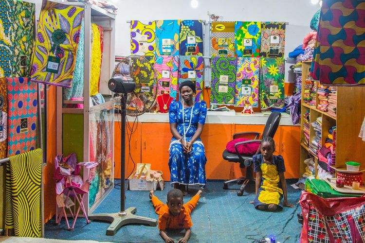 Colourful and Vibrant Markets in Ibadan, Nigeria Discover Nigeria Ibadan Market Lagos Nigeria Nigerian Market Nigerian Market Snap It Oga West Africa Women In Business Women In Business In Africa WomeninBusiness