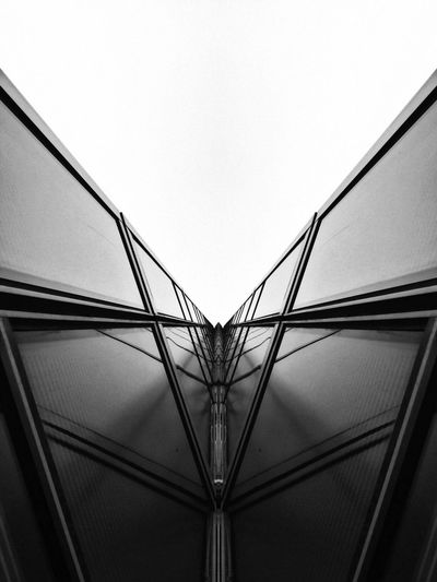 B&W Connection Built Structure Architecture No People Low Angle View Bridge - Man Made Structure Day Clear Sky Outdoors Sky Experimental Photography Experimental Cosmic SPAIN España Picoftheday Insta Calidad Madrid Quality Bestoftheday Experience Blackandwhite