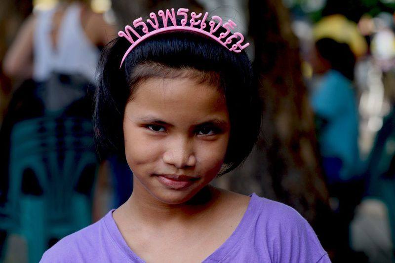 ทรงพระเจริญ. ทรงพระเจริญ ขอพระองค์ทรงพระเจริญ Long Live The King ทรงพระเจริญ เรารักในหลวง 💛 ขอให้พระอ Thailand Longlivetheking People Stranger Smile NiceSmile People Watching
