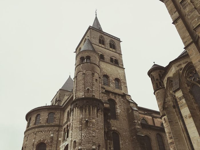 Architecture Low Angle View Building Exterior Tower Built Structure Place Of Worship Religion No People Spirituality Sky Travel Destinations Outdoors Day Clock Tower Old Old Buildings EyeEm Gallery Church Deutschland History Architecture Germany Eyemphotography Vintage High