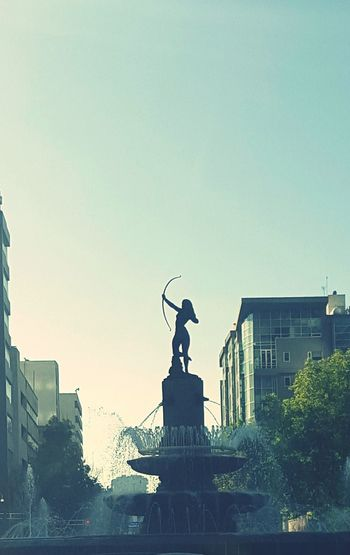 Taking Photos Architecture Sculpture Famous Place Diana Cazadora This Is Mexico City Pastel Power