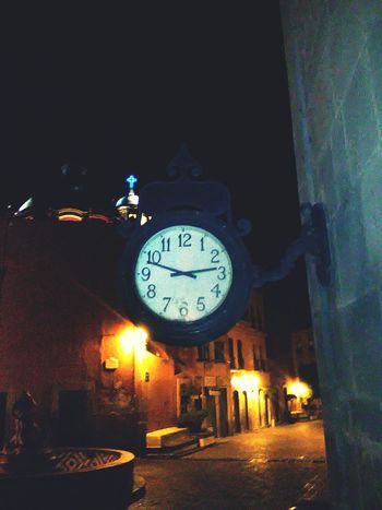Clock night 🎻Clocks At Street First Eyeem Photo Eyemphotography Clock No People Night