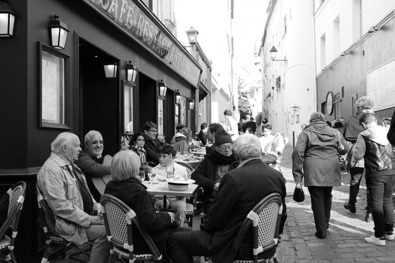 Adult Adults Only People Sitting Men Building Exterior Day Women Outdoors Large Group Of People Full Length Architecture City Food Ambiance France 🇫🇷 The Street Photographer - 2017 EyeEm Awards