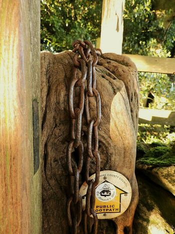 Woodlandwalks English Countryside Countrylife CountryLivinG Footpath Chains Old Fencepost Out And About Outdoor Pictures Exploring Woods Getoutandexplore